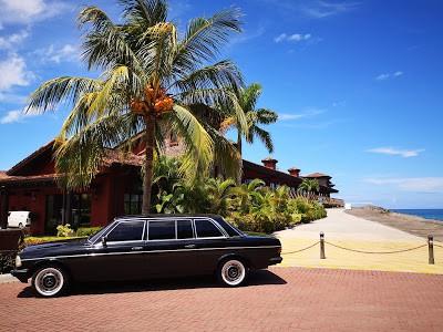 BEACH-FRONT-COSTA-RICA.-MERCEDES-W123-300D-LIMOUSINE-TRANSPORTATION.jpg